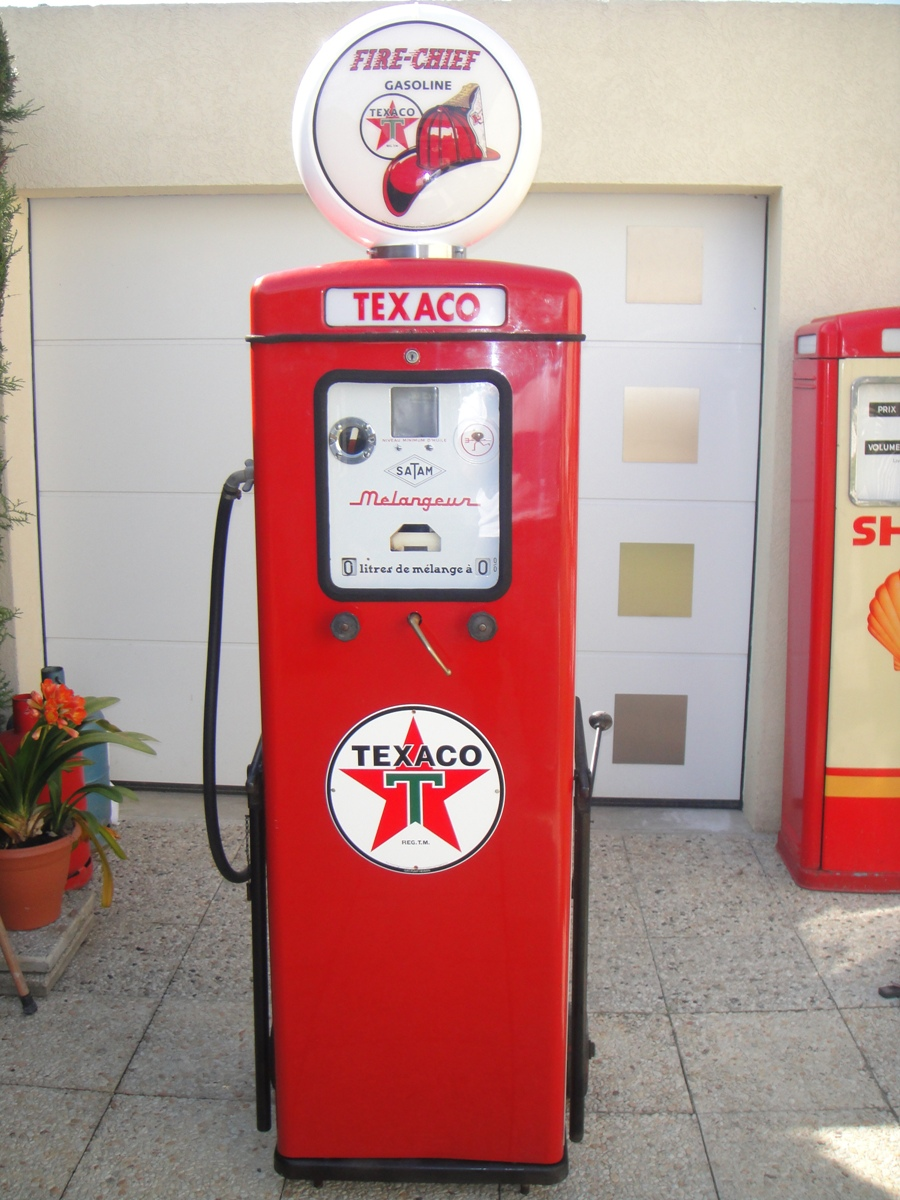 Globe Fire Chief Texaco